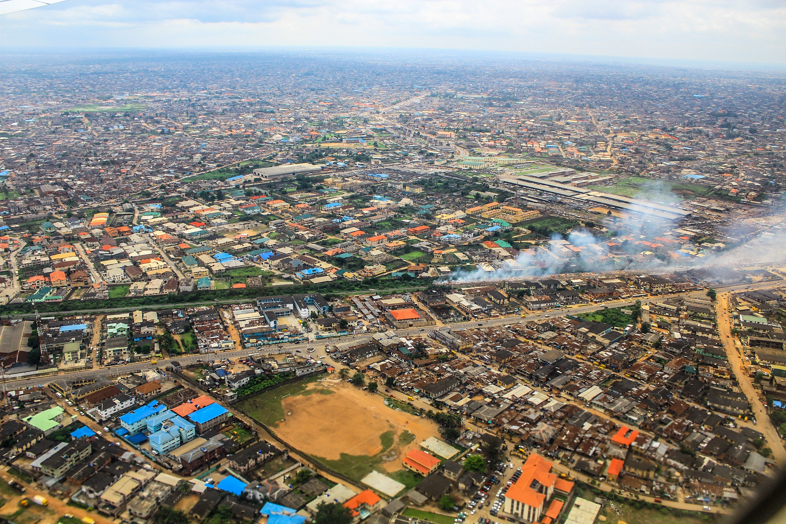 Aerial-View-of-Lagos,-Nigeria-470430306_2592x1728